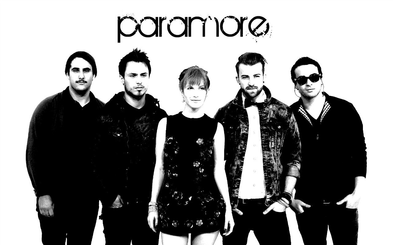 http://3.bp.blogspot.com/-s2xkj2mbaOw/TvJFXFTCZWI/AAAAAAAAAL0/RreRWNyzUHg/s1600/Paramore-at-the-VMA-Wallpaper-paramore-15660164-1280-800.jpg