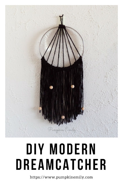 Simple DIY Modern Dreamcatcher Wall Decor