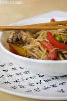 (Stir-fry z kurczaka w pieprzu syczuańskim