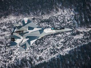 Pesawat Tempur Sukhoi Su-35