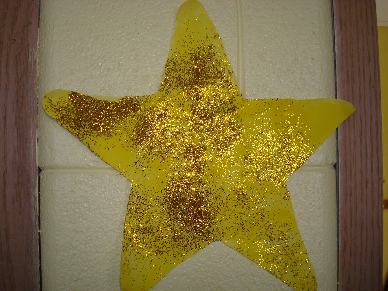 Christmas Craft! How to make a Christmas Star Ornament ... |Star Art Projects For Preschoolers