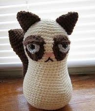 http://www.ravelry.com/patterns/library/grumpy-cat-3