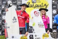 0 Jorgann Couzinet FRA and Pauline Ado FRA pro zarautz 2018 foto WSL Damien Poullenot