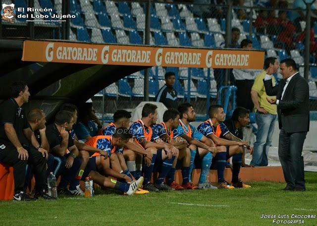 Con cambios, Gimnasia viajó a Córdoba