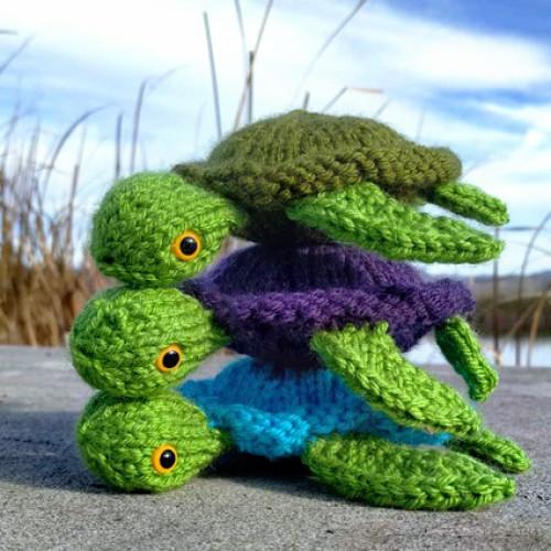 Sea Turtle Stack - Free Pattern
