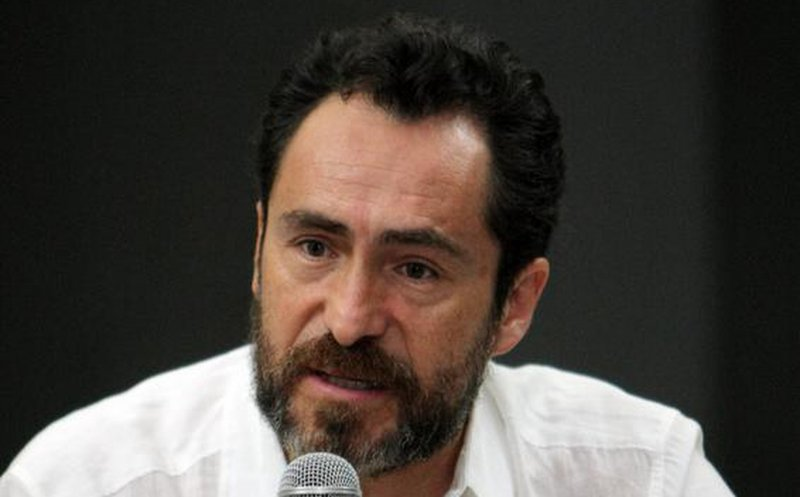 AMLO, un revolucionario que trabaja por el bien de la gente: Demián Bichir