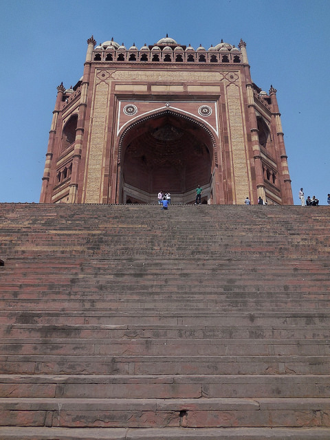 Buland Darwaza with giant stairs