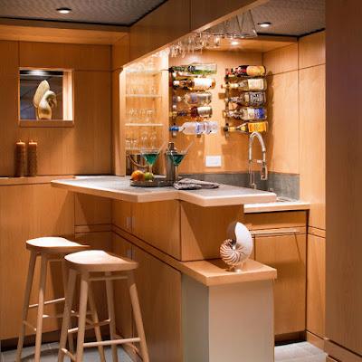 Ciptakan Minibar Pada Kitchen Set Untuk Kesan Elegan