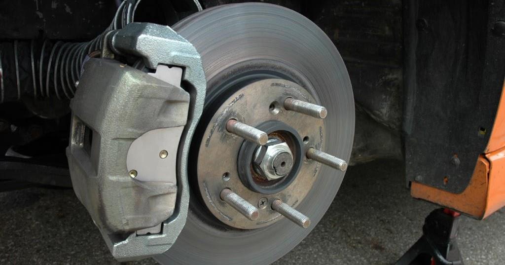 Comment savoir si les plaquettes de freins sont usées ? - Fiches auto 24