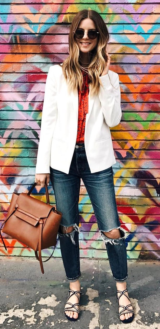 casual style addiction: white jacket + blouse + rips + bag + sandals
