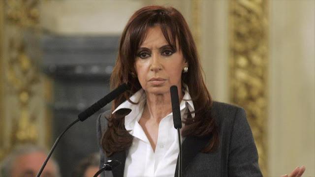 Cristina Fernánde: Macri recurre a fotos y escuchas para tapar realidad