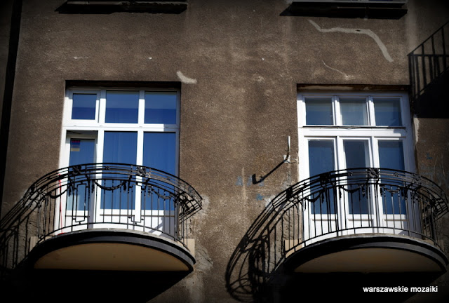 Warszawa Warsaw Śródmieście kamienica rejestr zabytków balkony