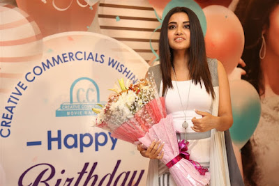 anupama-parameswaran-birthday-celebrations-2018-photos
