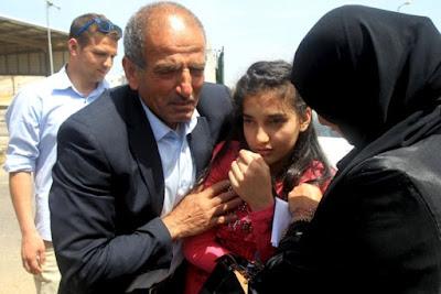 Israel liberta jovem  palestina