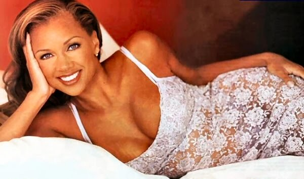 Sexy Hot Black Women - Vanessa Williams in Lingerie