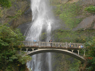 multnomah falls benson bridge