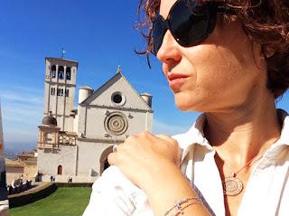 Rosácea da Basílica de São Francisco, ouro rosa