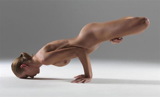 7-Alasan-Kenapa-Yoga-disebut-Olah-Raga-Terbaik