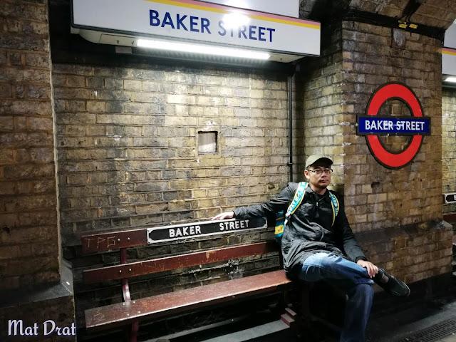 Baker Street Station 1st underground station in world
