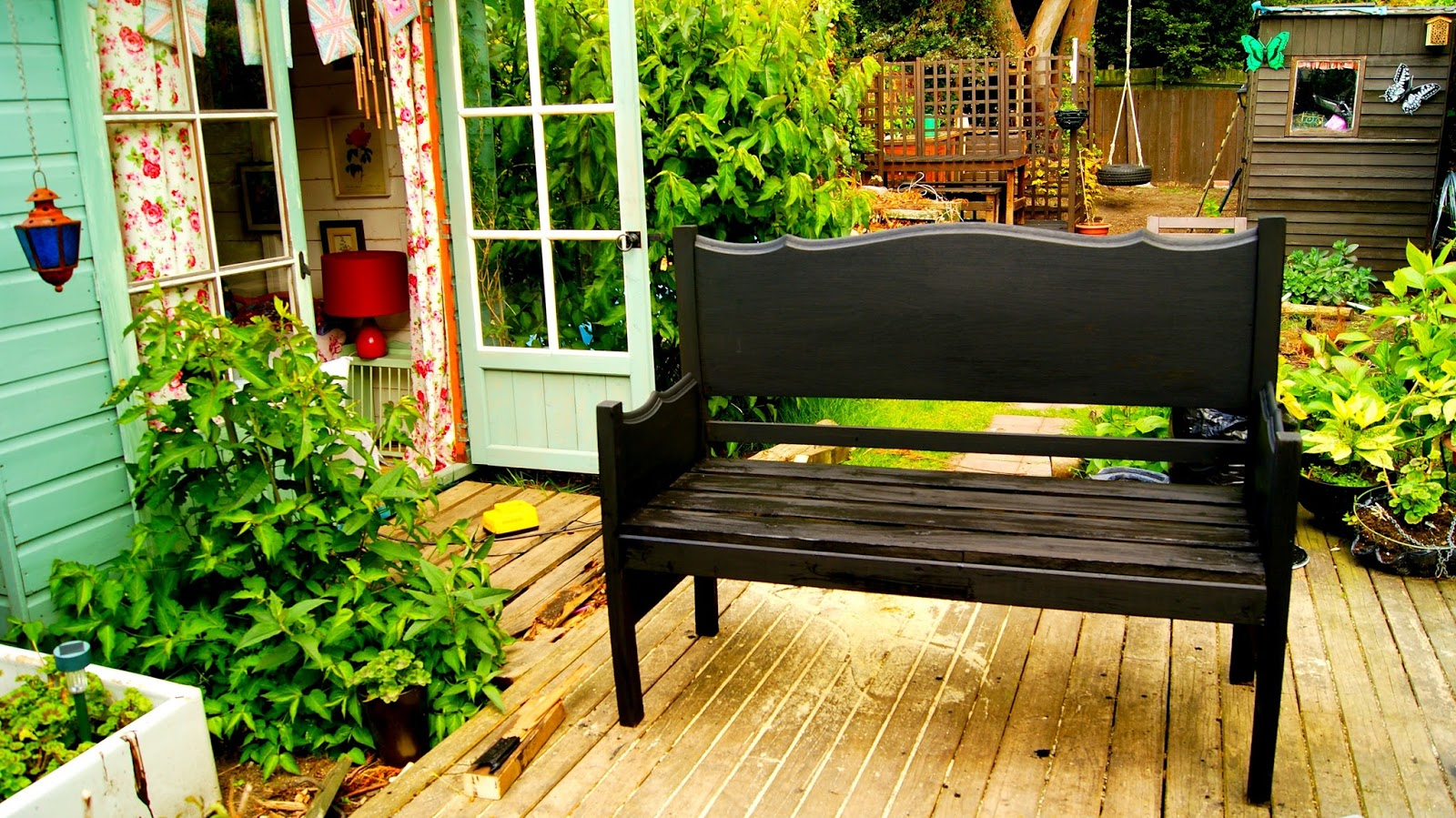 Turn Your Old Bed Into A Garden Bench The Syders