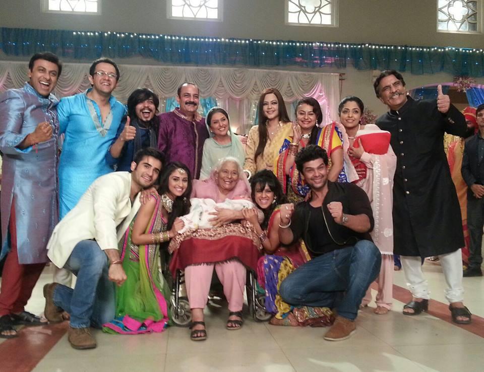 STAR Plus TV Serial Ek Hazaaron Mein Meri Behna Hai ...