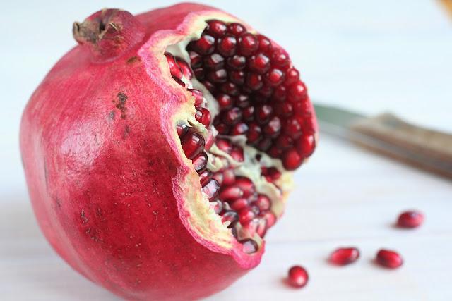 Superfrucht Granatapfel: Warum Du regelmäßig Granatapfel essen solltest