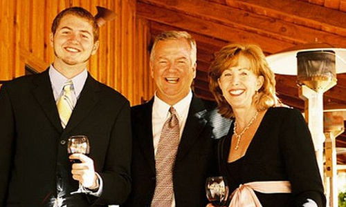 6 Reasons to Embrace Your Stepfamily,happy rich people celebrate