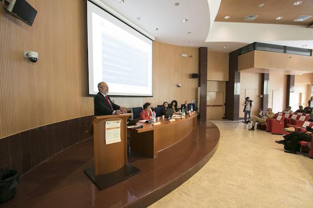 Aula magna della facoltà di scienze biotecnologiche a Napoli