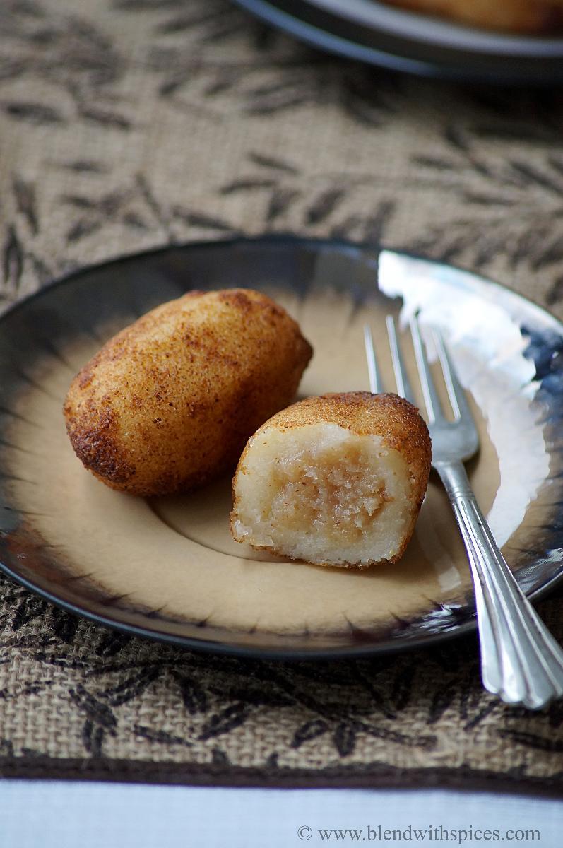 suji kakara pitha recipe, how to make kakara pitha, easy diwali recipes