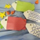 http://unhogarparamiscositas.blogspot.com.es/2016/04/empqtdbonito-origami-ii-peces-sobre.html