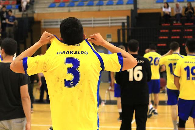 Balonmano | El Barakaldo pierde ante el Egia un encuentro igualado y sin nada en juego