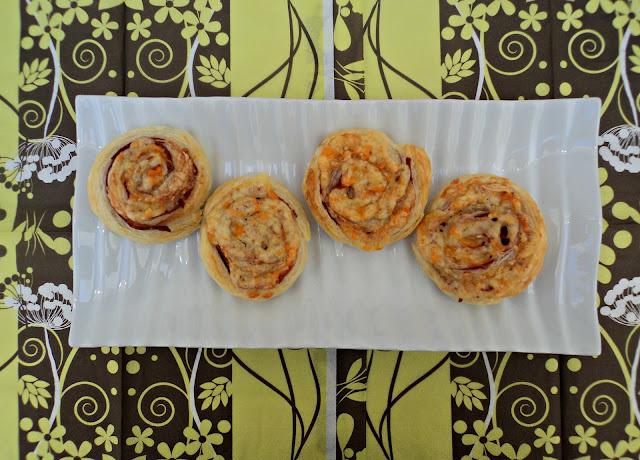 Espirales de hojaldre saladas receta casera