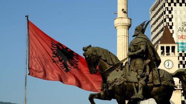 Αντίδραση ΥΠΕΞ για τις «αλβανικές περιοχές» στην Ελλάδα