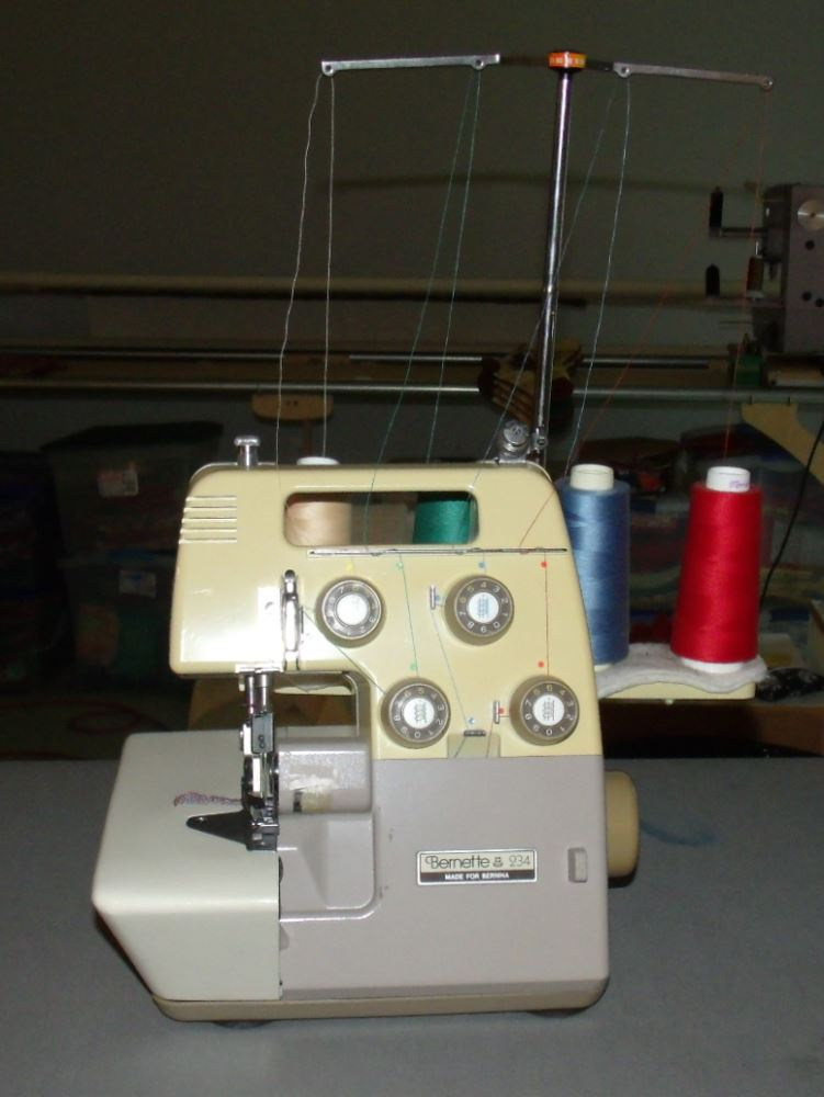 234 Best Images About Spring Nails On Pinterest: Vintage Sewing Machines