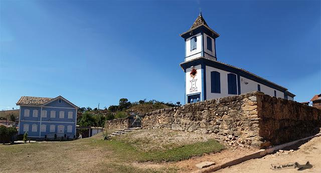 Igreja Matriz de Nossa Senhora Aparecida de Córregos, Córregos, Conceição , Estrada Real, Caminho dos Diamantes