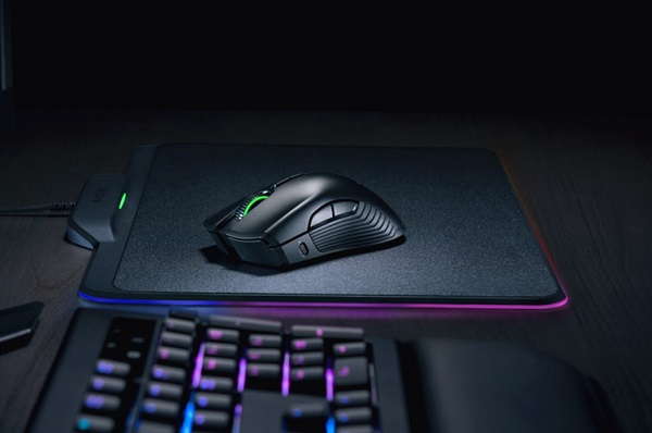 CES 2018: Razer debuts world's first battery-less wireless gaming mouse, the Razer Mamba HyperFlux
