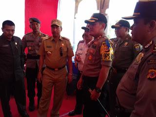 Tinjau Pos Pam Operasi Ketupat Lodaya, Pj Wali Kota Cirebon Apresiasi Kesiapan Jajaran Kepolisian