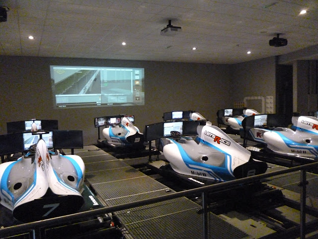 Let's Race simulators and screen