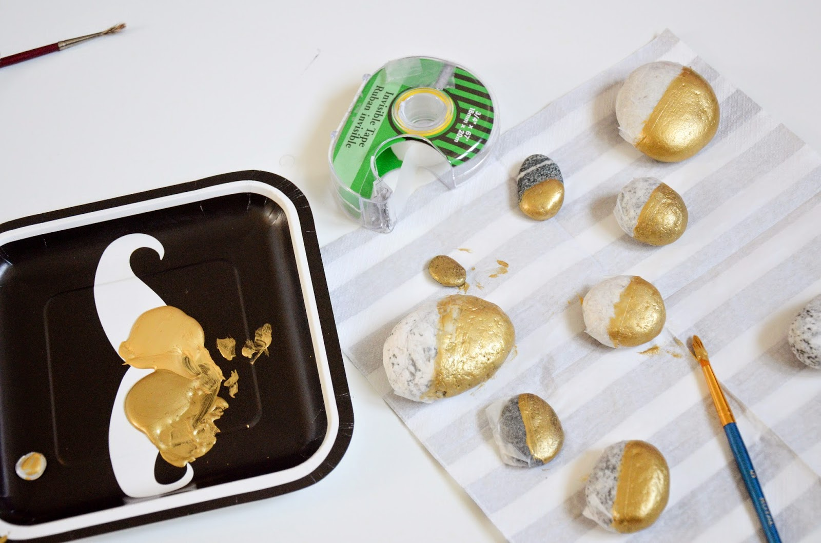 Nav K Brar Diy Spruce Up Your Rock Collection With Gold Paint