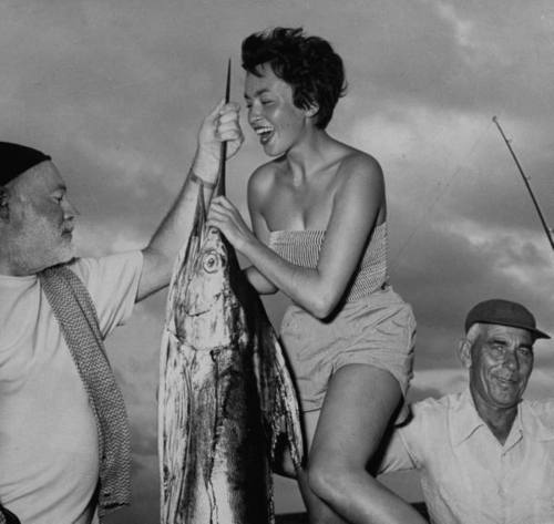 Old Photos Of Ernest Hemingway Partying Vintage Everyday