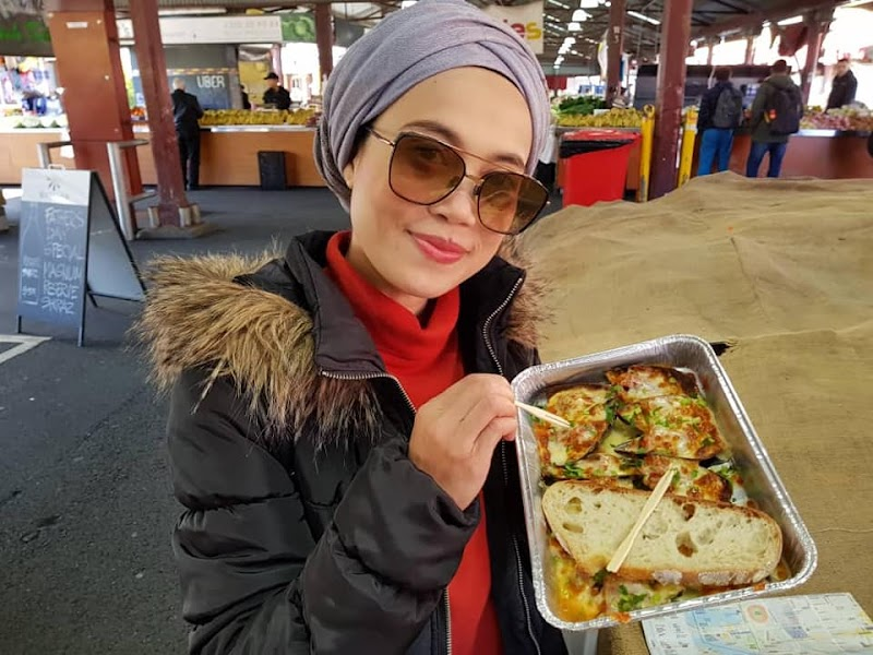 Siapakah Penulis Blog Travel With Hani?
