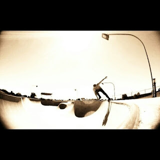 Mark Jansen Adelaide Skateboarding West Beach Bowl Carve