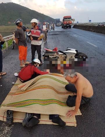 Ai sẽ chụi trách nhiệm các vụ tai nạn giao thông cho những con đường hư hỏng?