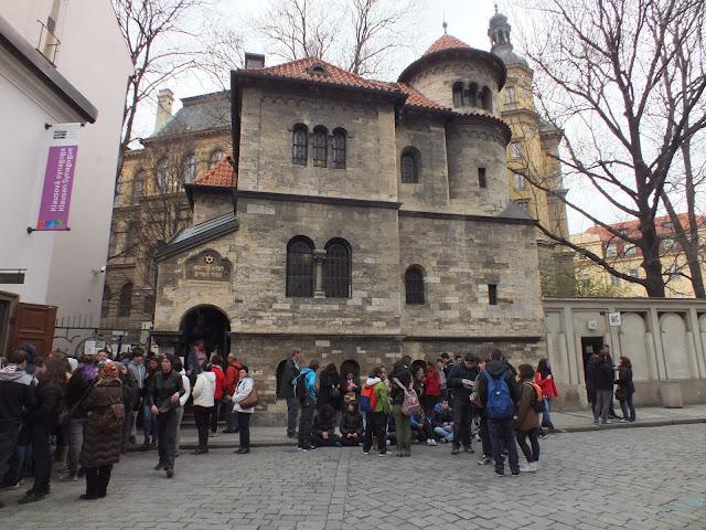 Recorriendo el barrio judio de Praga