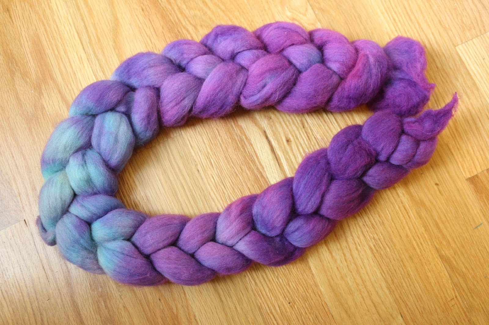ChemKnits: Dip Dyeing Braided Roving into WIlton\'s Violet Food Coloring