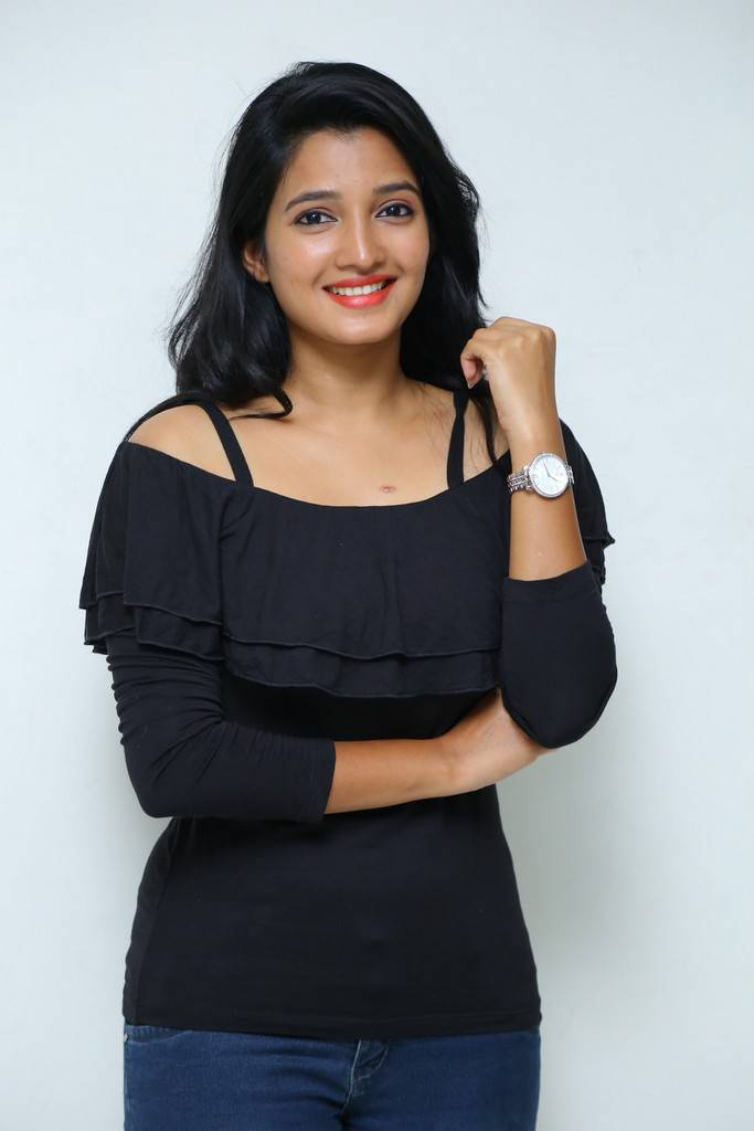 Deepthi Shetty At Sriramudinta Srikrishnudanta Trailer Launch Stills