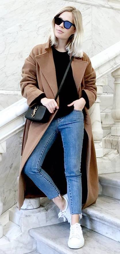 fall inspiration: coat + jeans + sneakers + top + bag