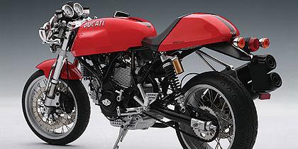 b2b trade space autoart ducati sport 1000 motorcycle models. Black Bedroom Furniture Sets. Home Design Ideas