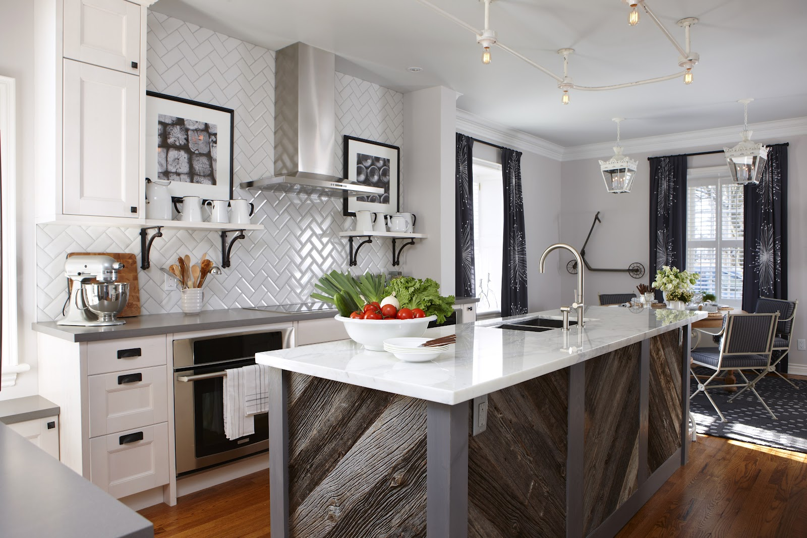 Kitchen Island Options Pictures Ideas From Hgtv: Design Maze: Week 3 @ Sarah 101 With Sarah Richardson