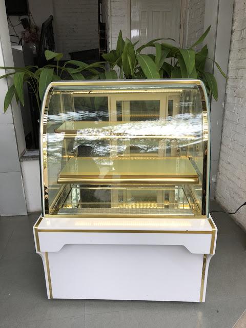 tủ bánh ngọt mini